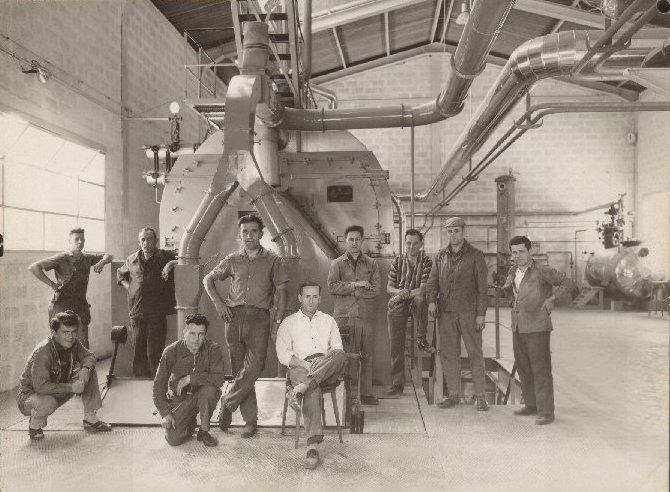 Willy Poller (3ème en partant de la gauche) en 1964 dans l'entreprise Baumann.